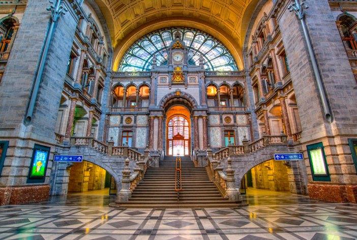 Что посмотреть в Антверпене: здание ж/д вокзала