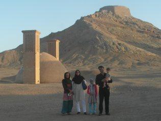 Yazd- les tours du silence (les zoroastriens venaient y mettre leurs morts)
