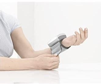 Sanitas SBC-22 Máy đo huyết áp cổ tay hoàn toàn tự động