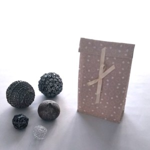 Emballages - Pochettes Cadeaux - Coeurs - Fond Beige