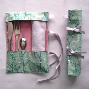 Art de la Table - Pochette à Couverts - Branches Fleuries - Vert Rose
