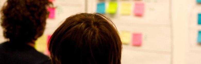 Fokusgrupper og workshops kan indeholde de samme aktiviteter. Her et billede fra en workshop.