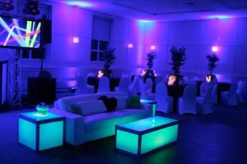 Lounge-Furniture-Screens-Glow-Furniture