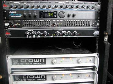 Sound-mixing-reinforcement2