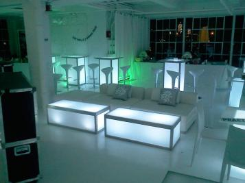 corporate event lounge decor