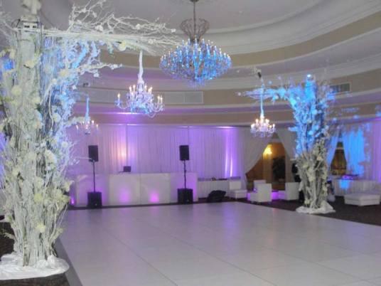 winter wedding event decor