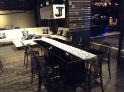 Black-Acrylic-Tables