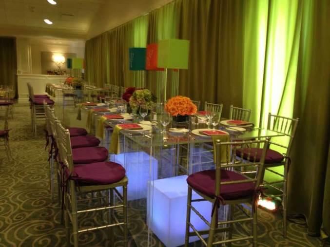 Clear-acrylic-tables