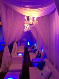 cabanas-privacy-chandeliers