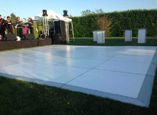 Outdoor-Event-Production-Dance-Floor-Edge-Smooth-Transition