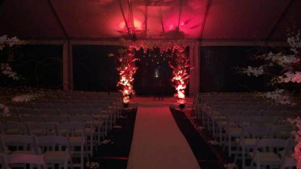 Wedding-Floral-Chuppah