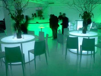 Corporate-Event-Production-Illuminated-round-table-with-acrylic-seating-and-illuminated-bar