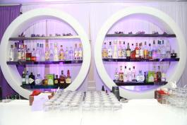 Bar-with-round-shelves