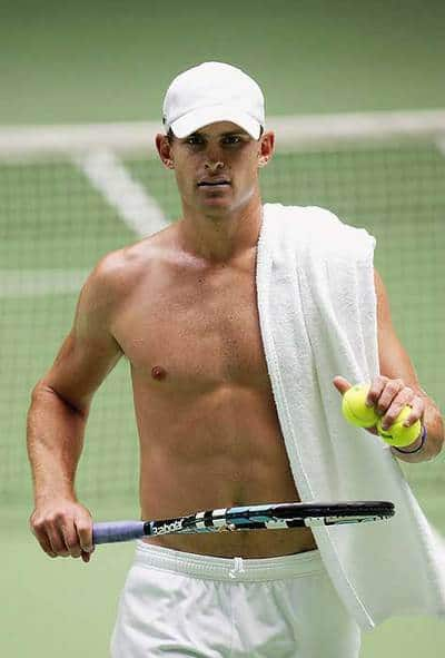 Roddick_shirtless_4