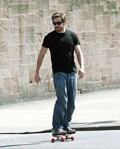 Jake_gyllenhaal_skate_2