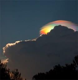 Rainbow_coud