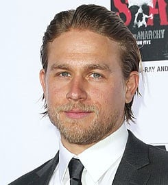 Charlie-hunnam-exits-fifty-shades-of-grey-movie