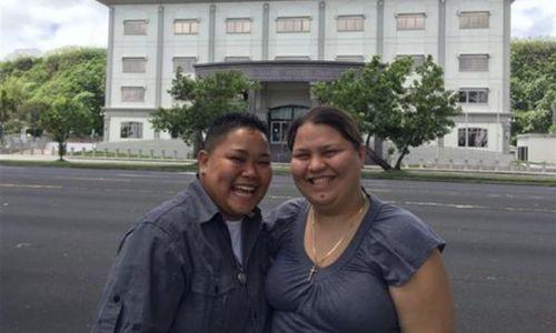 Gay-couple_0