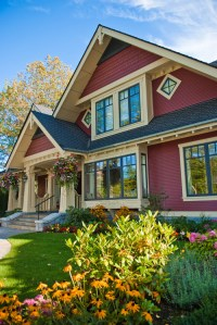 Choosing Exterior Paint Colors - Town & Country Living