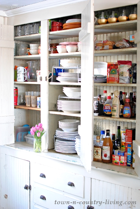 Organizing Kitchen Cabinets In Five Easy Steps Town & Country Living