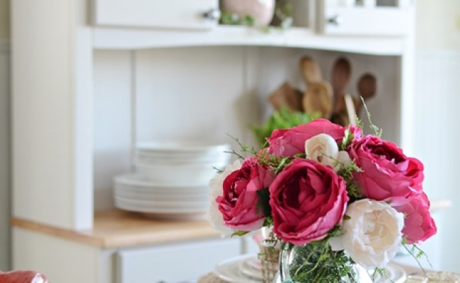 Fresh Spring Look For The Kitchen Town Country Living