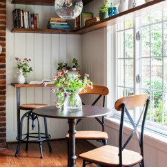 Ice Cream Parlor Table And Chairs Headrest For Herman Miller Aeron Chair 11 Cozy Breakfast Nooks To Start Your Day! - Town & Country Living