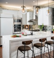 9 Kitchen Peninsula Ideas to Enhance Your Cooking Space ...