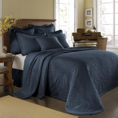 Rolling Bath Chair And Table Set Provincial Blue King Charles Bedspread Coverlet Bedding - Townhouse Linens