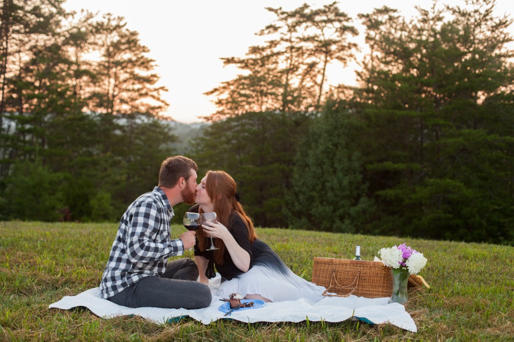 Suzanne McNeil Photography for Country Manor Acres - Nate Hannah Engagement-9