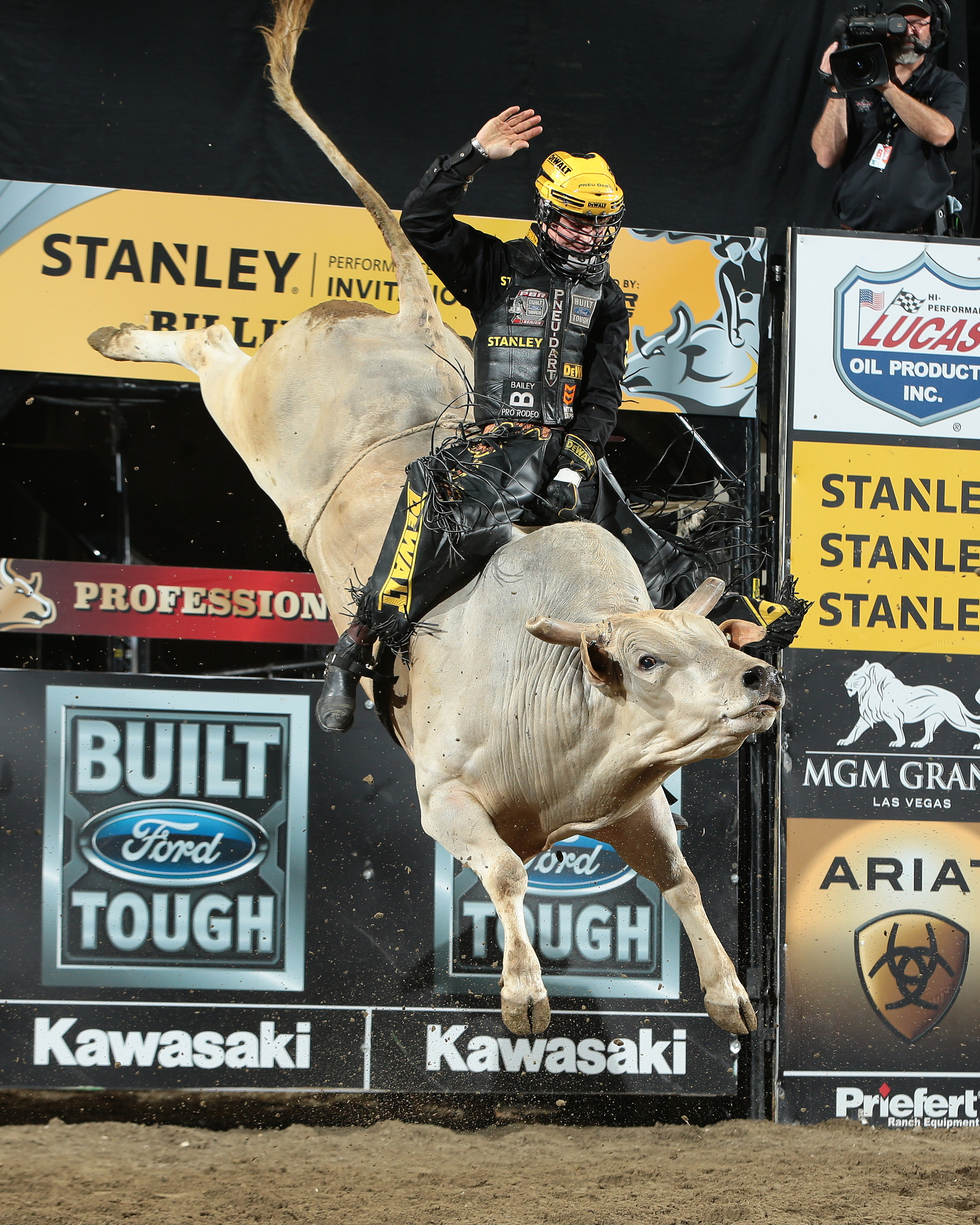 montana bull riders featured