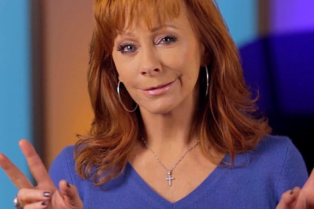 Reba Asks Fans to Pray for Peace