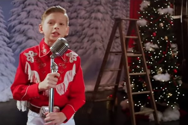 Mason Ramsey Is Having a Western White Christmas in New Video