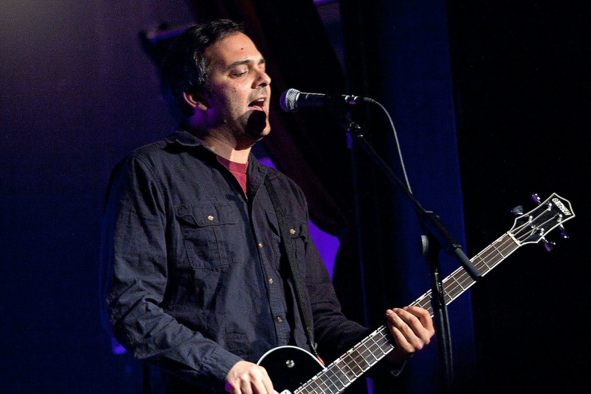 Fountains Of Wayne S Adam Schlesinger Hospitalized With