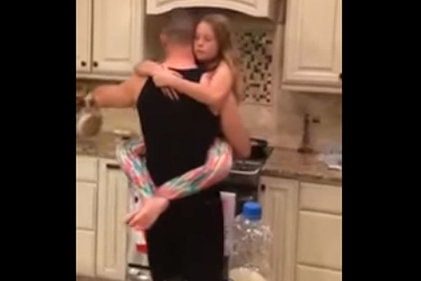Dads Kitchen Dance With Daughter Is the Definition of Sweet