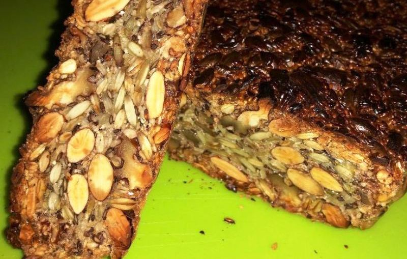 Healthy nuts and seed bread