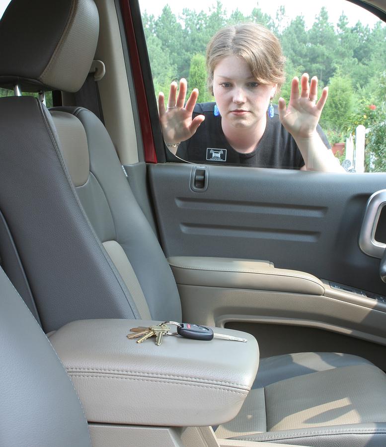 Auto Lockout  Car Unlock  Naperville, Plainfield