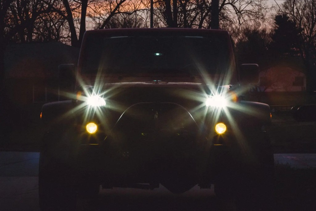jeep-headlamps-1