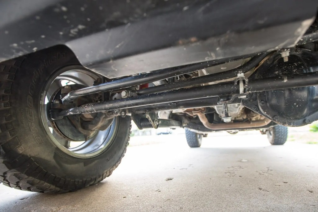 without a steering stabilizer