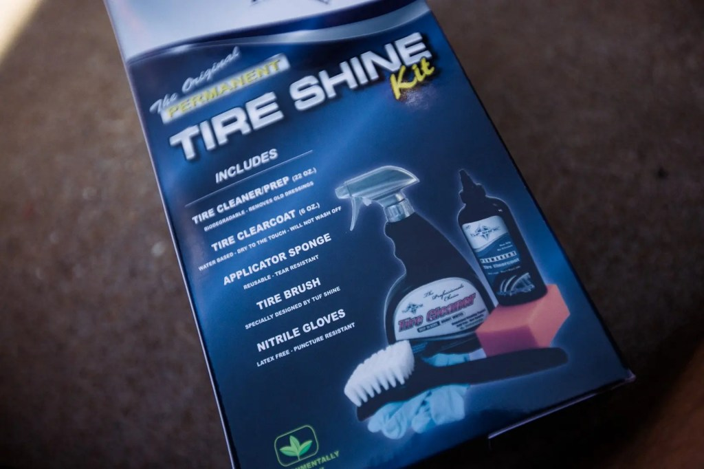 Jeep_tire_shine-3