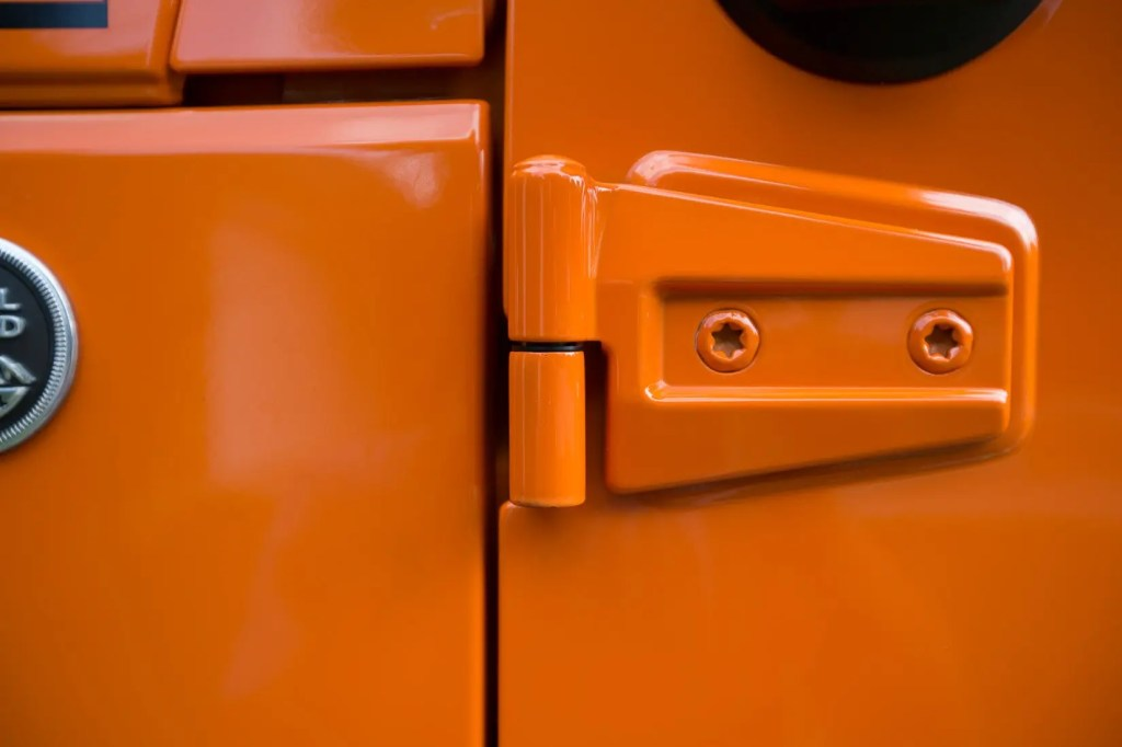 Jeep-Door-Hinge-Bushings-7