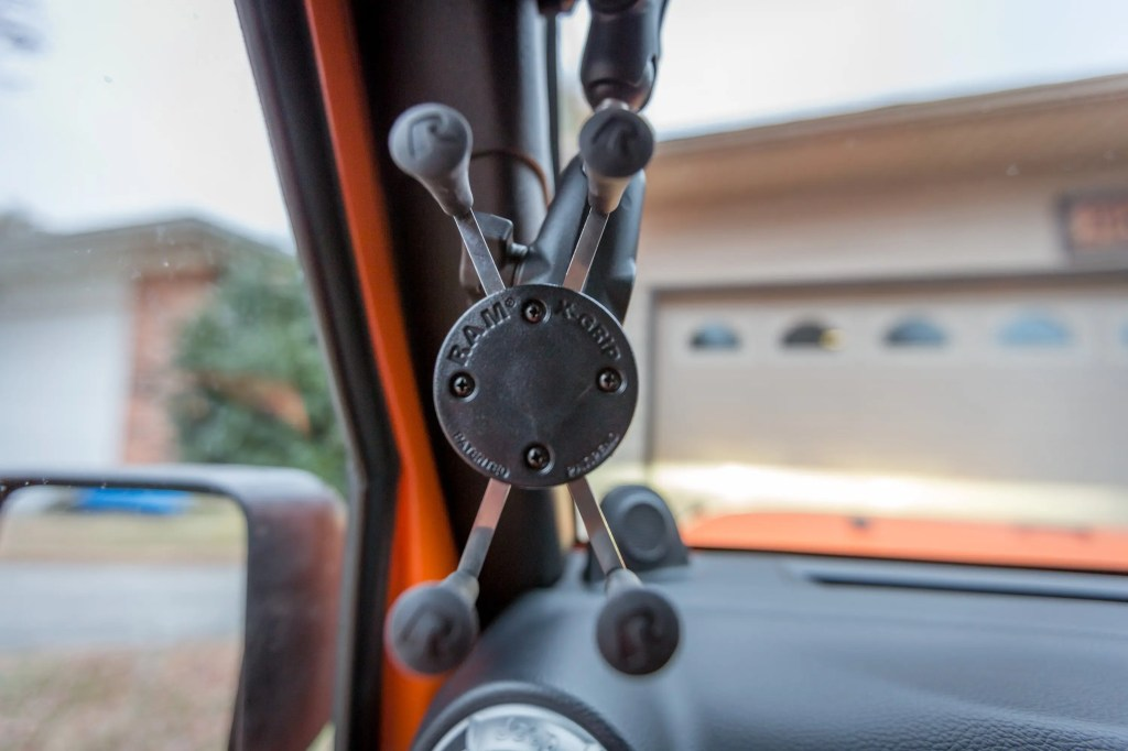 Jeep RAM Mount Universal X-Grip Phone Cradle with B-Ball RAM