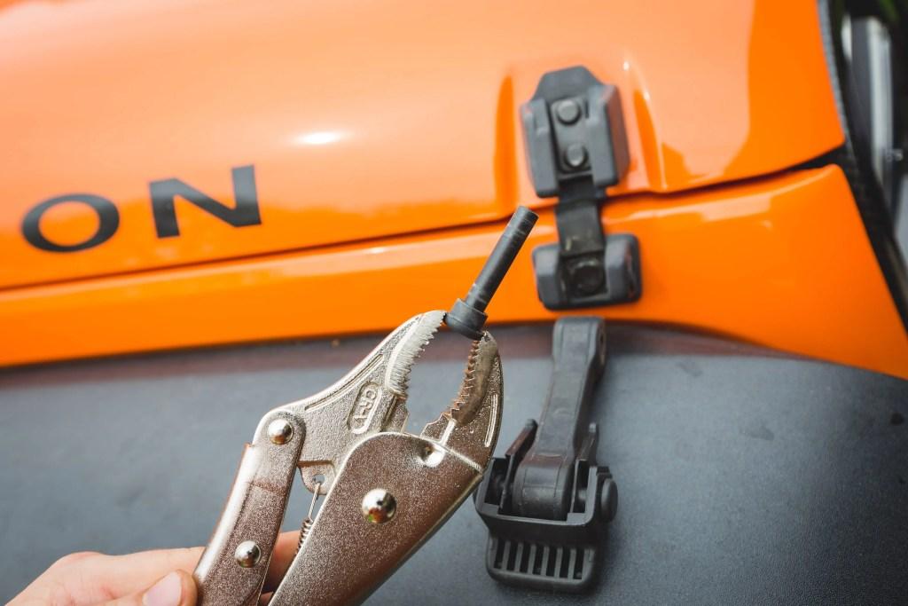 Jeep-Daystar-Hood-Latch-2