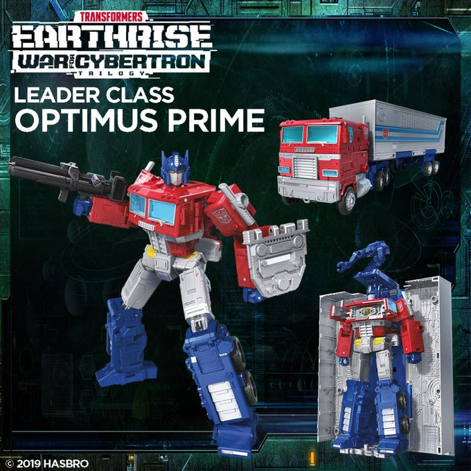 Toy Wizards Review: Transformers Earthrise Leader Class Optimus Prime