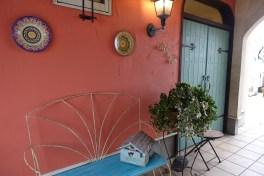 exterior(cafe & bar micka)