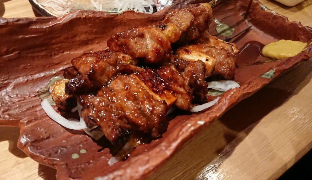 名物マグロのカブト肉のネギマ