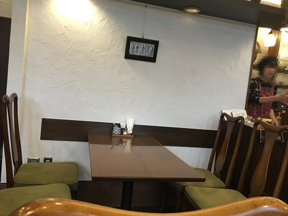 テーブル席その2