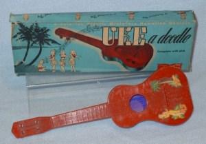 """миниатюрная гавайская гитара """"Uke-A-Doodle"""""""