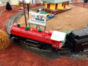 Toy House and Baby Too, Lionel Trains, O-Scale, electric trains, hobby department
