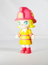 kennyswork-pop-mart-molly-career-firewoman-ora-03