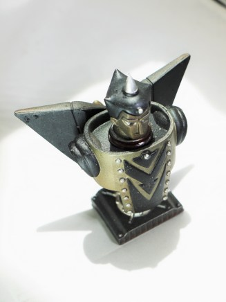 figuax-gr-3-giant-robo-yokoyama-mitsuteru-bust-figure-02